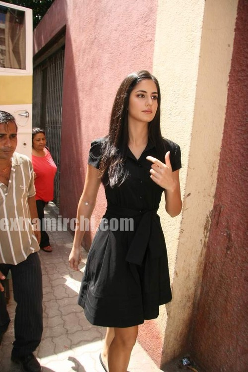 Katrina-Kaif-at-Rajneeti-TV-Promotional-Shoot-1.jpg