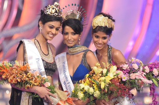 Miss-India-International-Neha-Hinge-Miss-India-World-Manasvi-Mamgai-Miss-India-Earth-Nicole-Faria-2.jpg