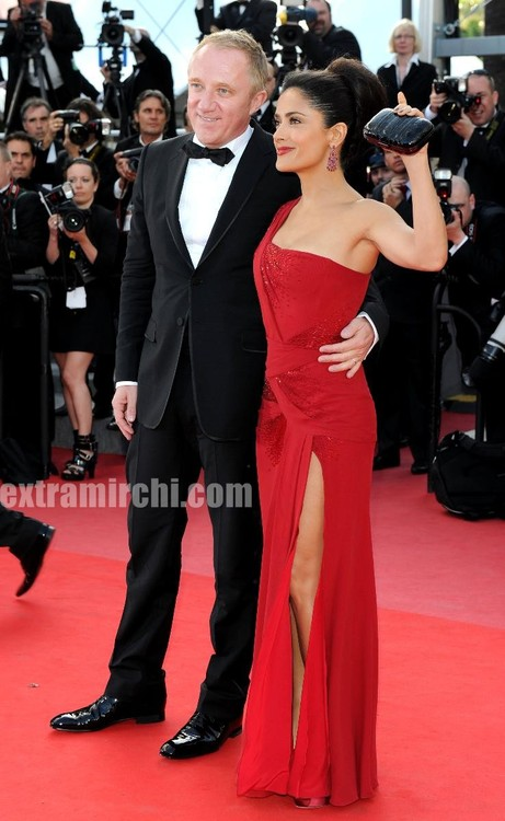Salma-Hayek-debuts-Gucci-gown-at-Cannes-film-festival-5.jpg