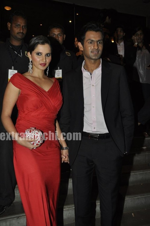 Sania-Mirza-And-Shoaib-Malik-at-Pantaloon-Femina-Miss-India-Grand-Finale-2.jpg