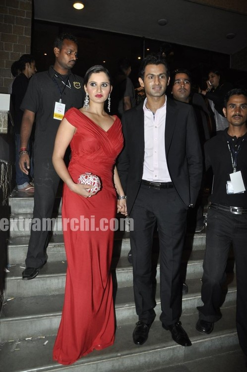 Sania-Mirza-And-Shoaib-Malik-at-Pantaloon-Femina-Miss-India-Grand-Finale.jpg