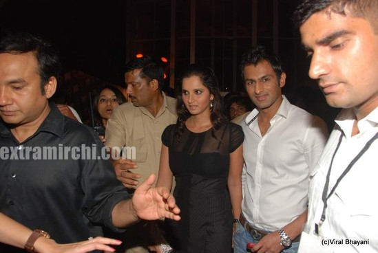 Sania-Mirza-and-her-Pakistani-cricketer-husband-Shoaib-Malik-at-Diesel-launch-in-india-2.jpg