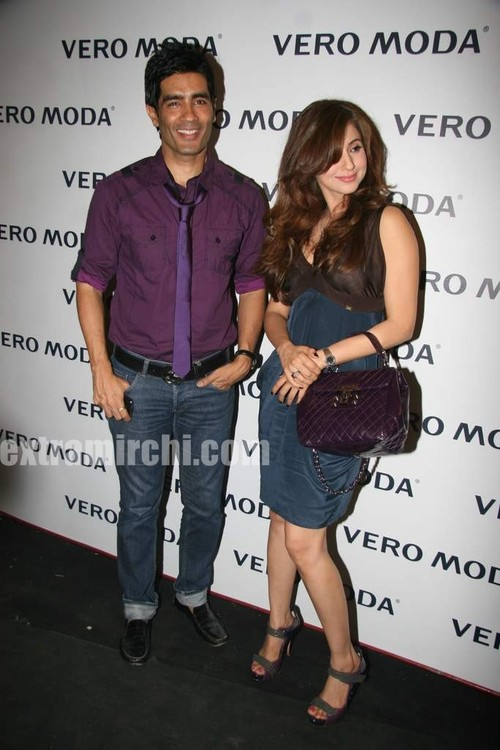 Urmila-Matondkar-at-the-newly-launched-Vero-Moda-store-Fashion-Show-2.jpg