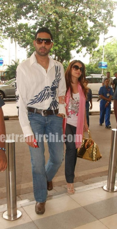 Aishwarya-and-Abhishek-pictures-6.jpg