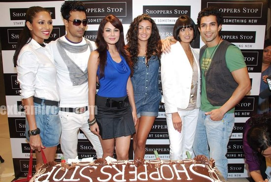 Shoppers Stop Logo. Shoppers+stop+pictures