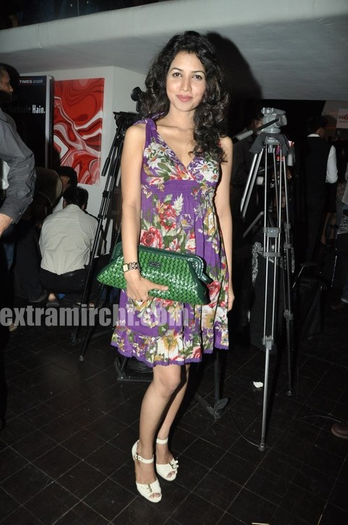 Crime-and-Bollywood-on-Zoom-TV-Launch-bash-at-Saharastar-4.jpg