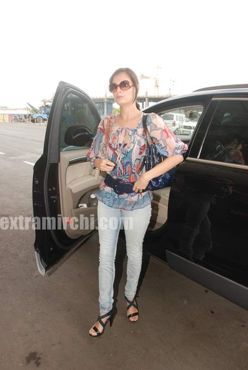 Dia-Mirza-leave-for-IIFA-Colombo.jpg