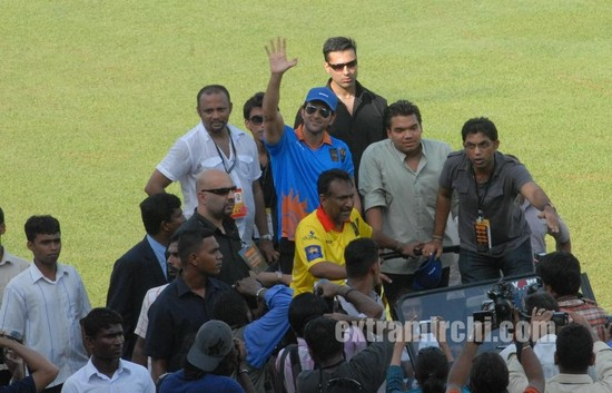 Hrithik-Roshan-at-the-IIFA-Celebrity-Cricket-Match.jpg