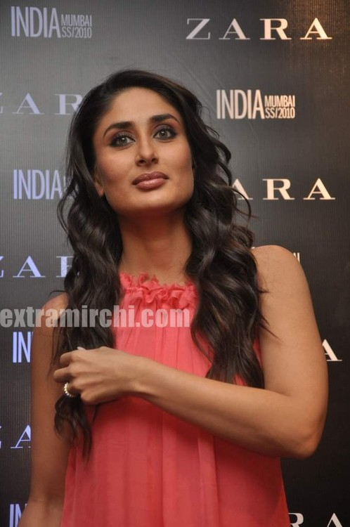 Kareena-Kapoor-at-Zara-store-launch-Pictures-2.jpg
