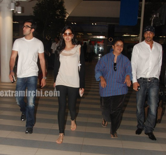 Katrina-Kaif-and-Ranbir-returns-from-Rajneethi-Dubai-Promotions-4.jpg