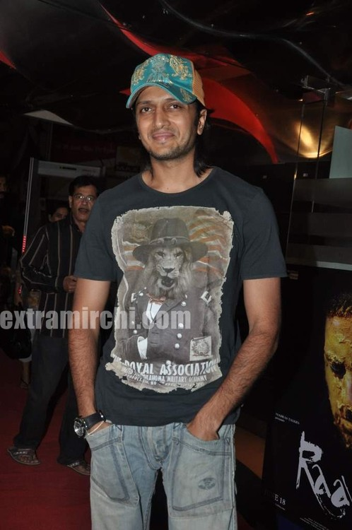 Riteish-at-Sex-and-the-City-2-Mumbai-premiere.jpg