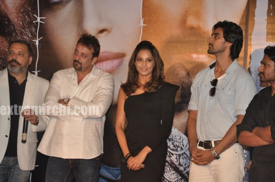 Sanjay-Dutt-and-Bipasha-Basu-at-Lamhaa-Music-album-1.jpg