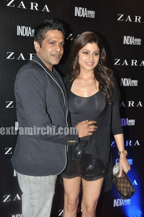 Shamita-Shetty-at-Zara-store-launch-in-Mumbai-1.jpg