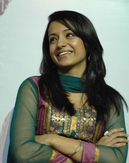 Trisha-at-Manmadhan-Ambu-launch.jpg
