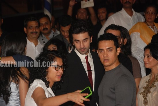 aamir-khan-and-his-kiran-rao-at-Raajneeti-premier-1.jpg