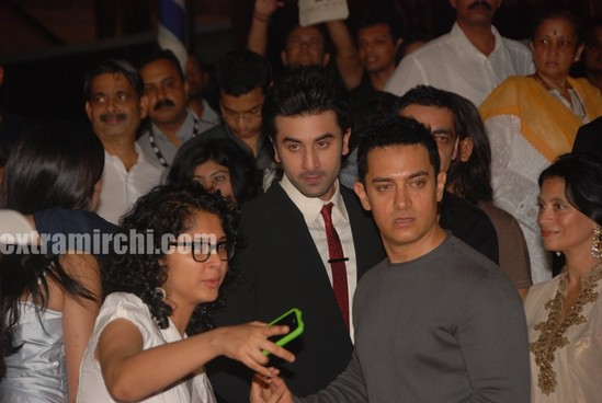 aamir-khan-and-his-kiran-rao-at-Raajneeti-premier-2.jpg