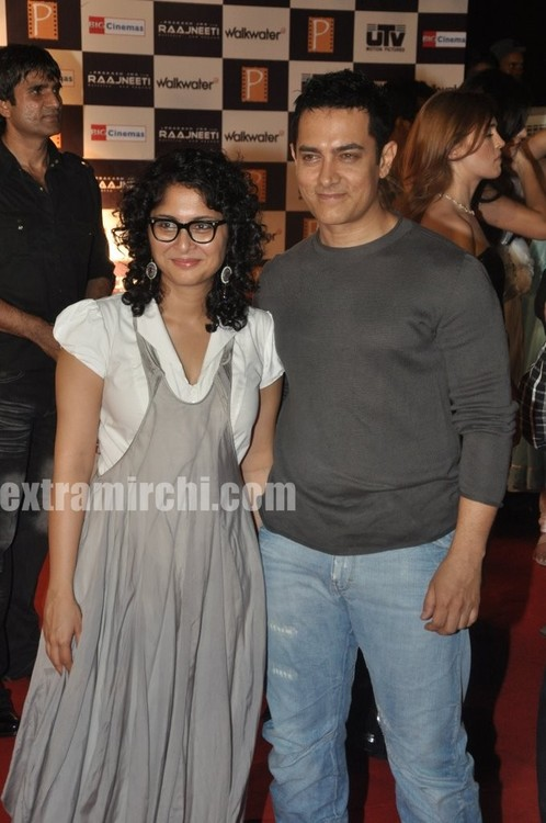 aamir-khan-and-his-kiran-rao-at-Raajneeti-premier-5.jpg