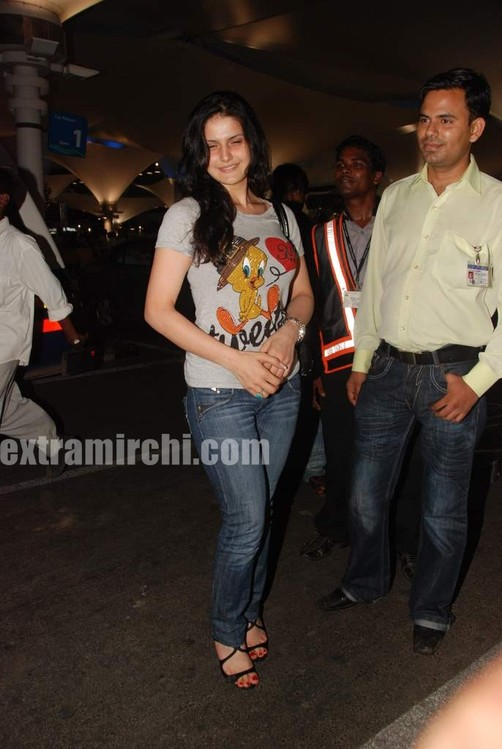 bollywood-actress-Zarina-khan.jpg