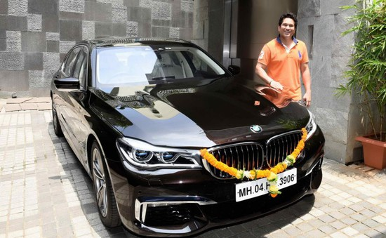 Sachin Tendulkar Bmw 750li M Sport Photo Extramirchi Com