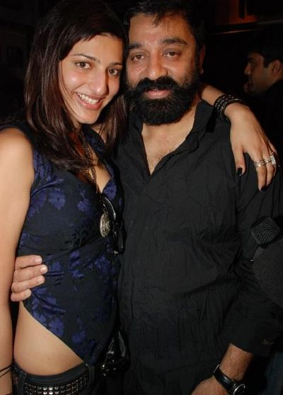 shruti_with_kamal_hassan.jpg