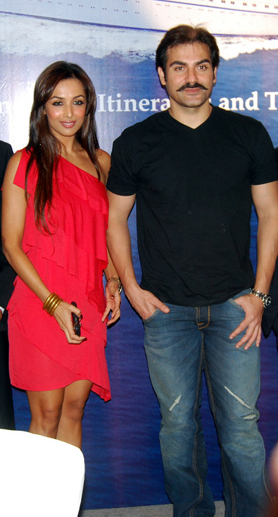 Malaika-Arora-Khan-Arbaaz-Khan-at-Launch-of-Indias-First-International-Louis-Cruises-Hotel-ITC-Parel-Mumbai.JPG