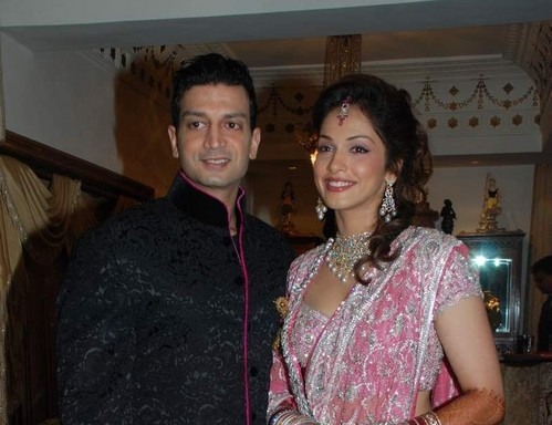 isha-koppikar-wedding-marriage-reception.JPG