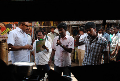 Sathyaraja-and-Shantanu-Bhagyaraj-join-hands-in-Aayiram-Vilakku-6.jpg