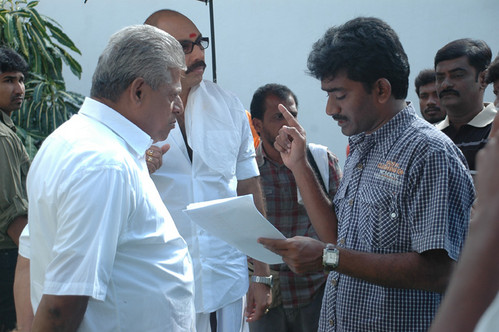 Sathyaraja-and-Shantanu-Bhagyaraj-join-hands-in-Aayiram-Vilakku.jpg