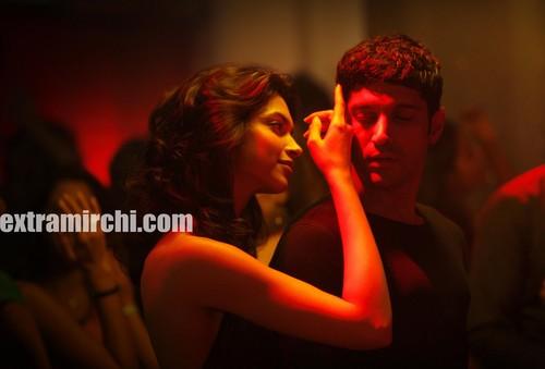 Deepika padukone in Karthik Calling Karthik - extraMirchi.com