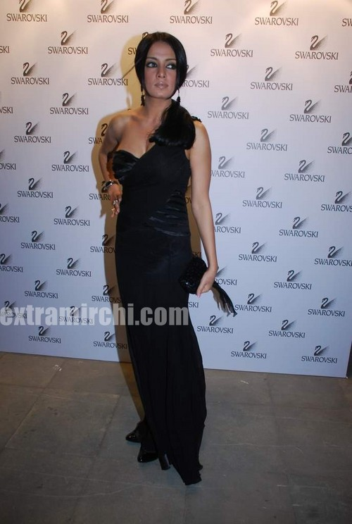 Celina-jaitley-at-Swarovski-auction-dinner.jpg
