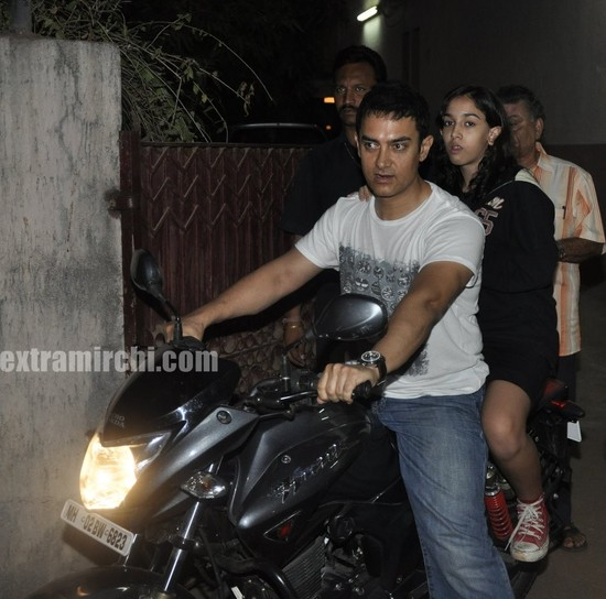 Aamir-Khan-riding-his-bike-with-daughter-Ira.jpg