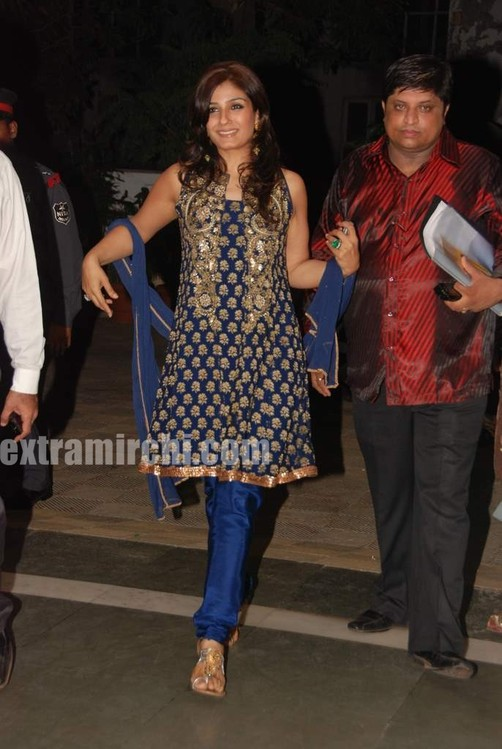 Raveena-Tandon-at-Baisakhi-bash.jpg
