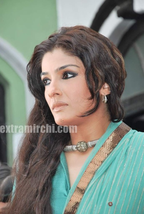 Raveena-Tandon-Agni-The-Fire-4.jpg