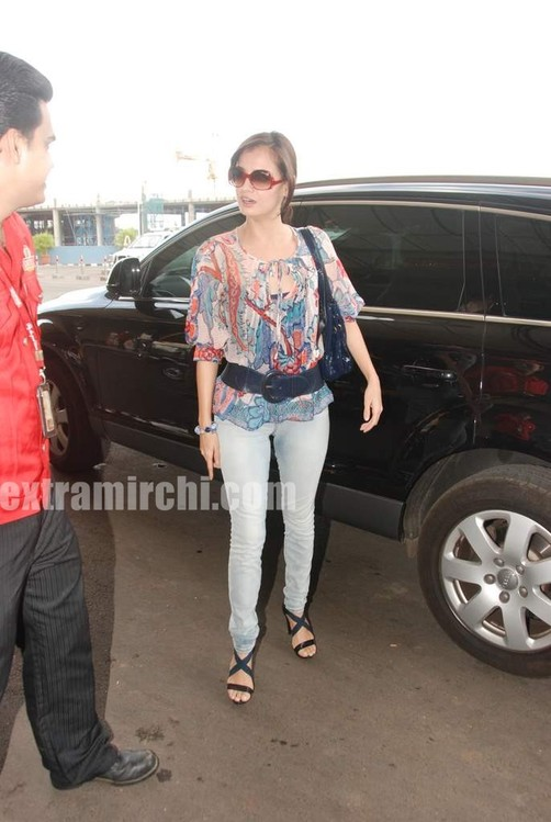 Dia-Mirza-leave-for-IIFA-Colombo-1.jpg